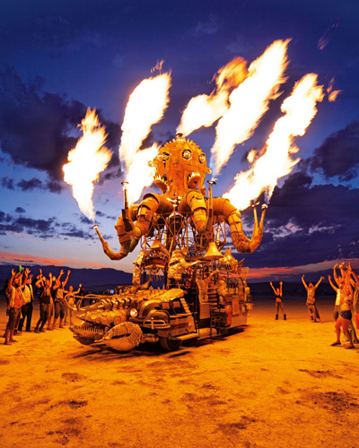 flaming octopus car photo by NK Guy