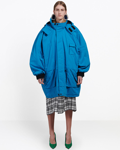 Balenciaga Oversize new parka in blue mat nylon