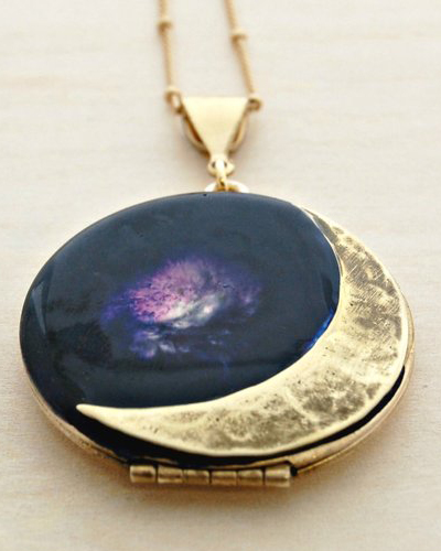 Vintage Locket Moon Crescent Moon Phases Necklace Jewelry Galaxy Lockets