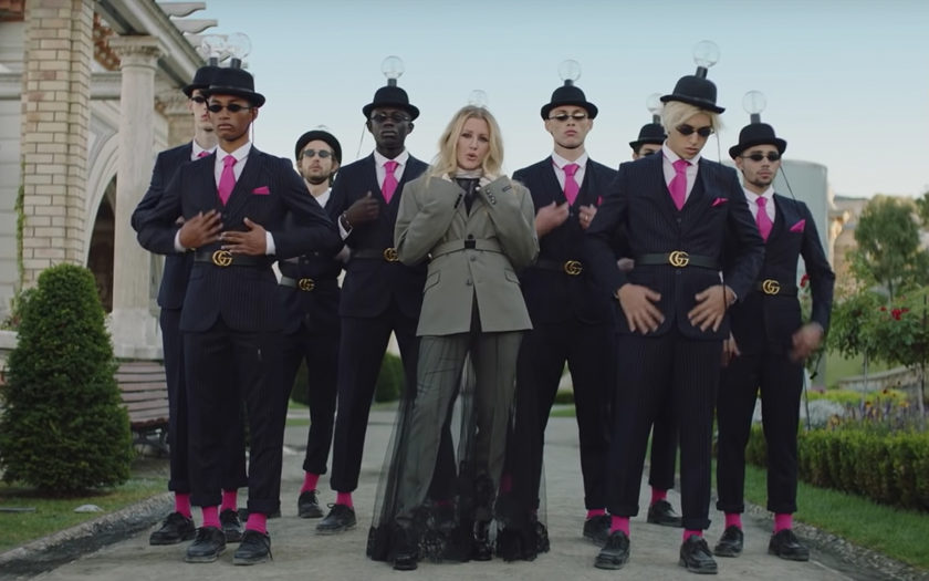 Ellie Goulding with male backup dancers in close to me music video