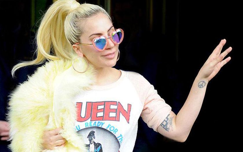 Lady Gaga wearing H0les BB kaleidoscope glasses